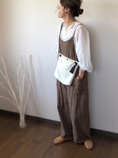画像4: 楽チン&可愛くて最高♡大人こそ着たい「サロペットコーデ」4選