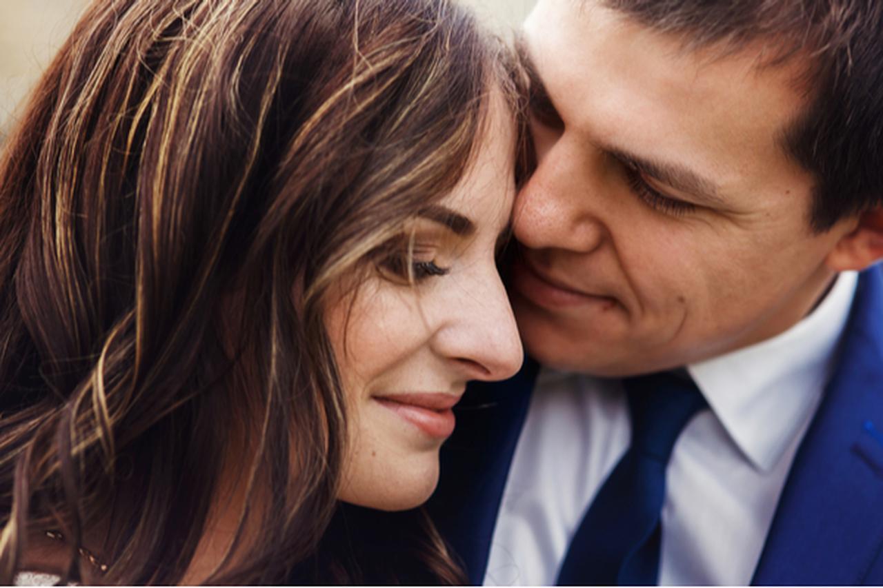画像: また好きが増しちゃうよ♡男性が彼女から急に言われてドキッとした言葉4つ