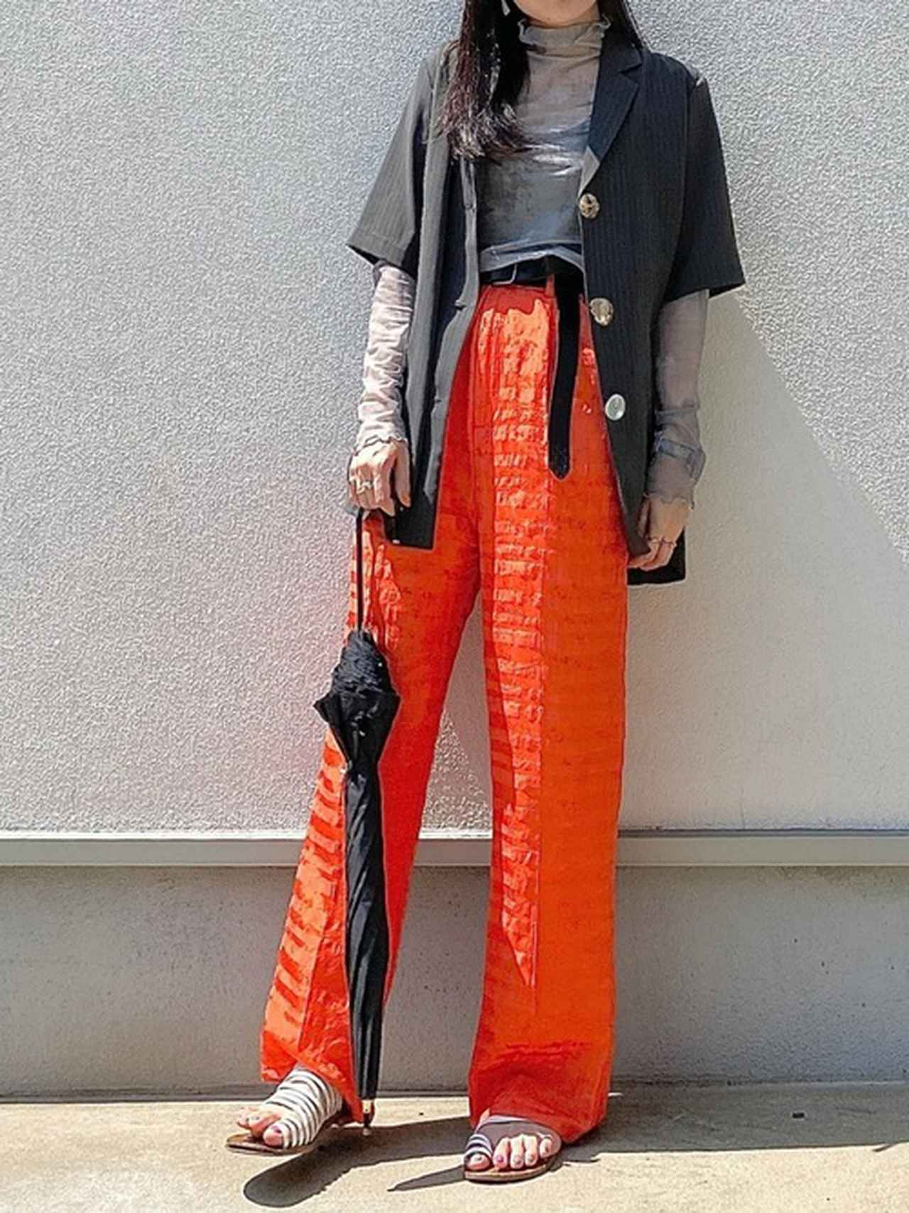 画像5: 褒められ確実♡派手カラーで着こなす「大人の女子会コーデ」4選