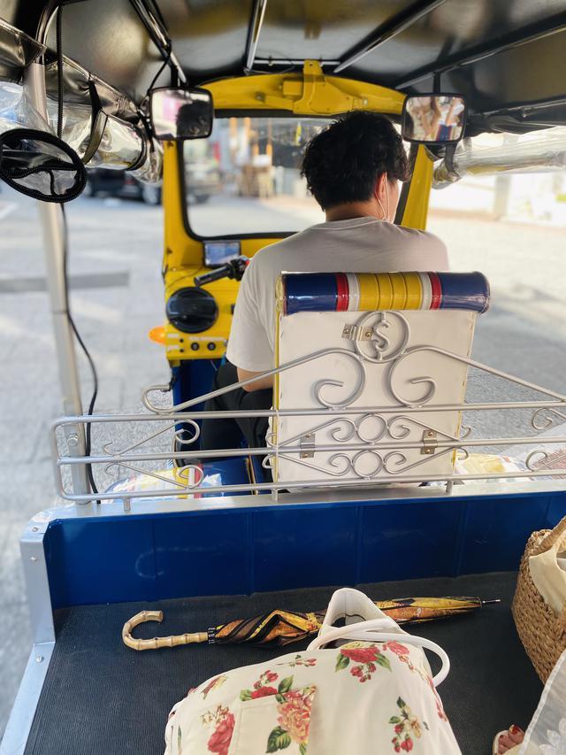 画像1: タイで人気の「トゥクトゥク」が日本でも乗れるって本当?!