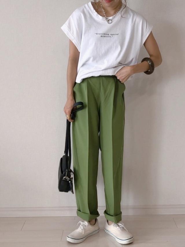画像: 【DHOLIC】Tシャツ参考価格1,300円~6,300円(税込)【ap retro】センタープレスタックテーパードパンツ2,690円(税込)【VANS】エラ5,170円(税込)