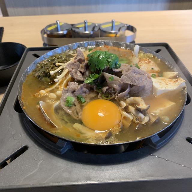 画像2: ヘルシーでおいしい♫1人でも気軽に鍋を食べられるお店★
