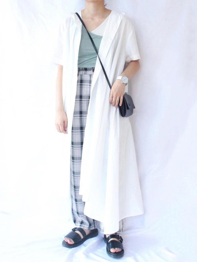 画像: 【merlot】トップス平均価格2000〜3000円【merlot】パンツ平均価格4000〜5000円【MERLOT IKYU】ワンピース平均価格5000〜7000円