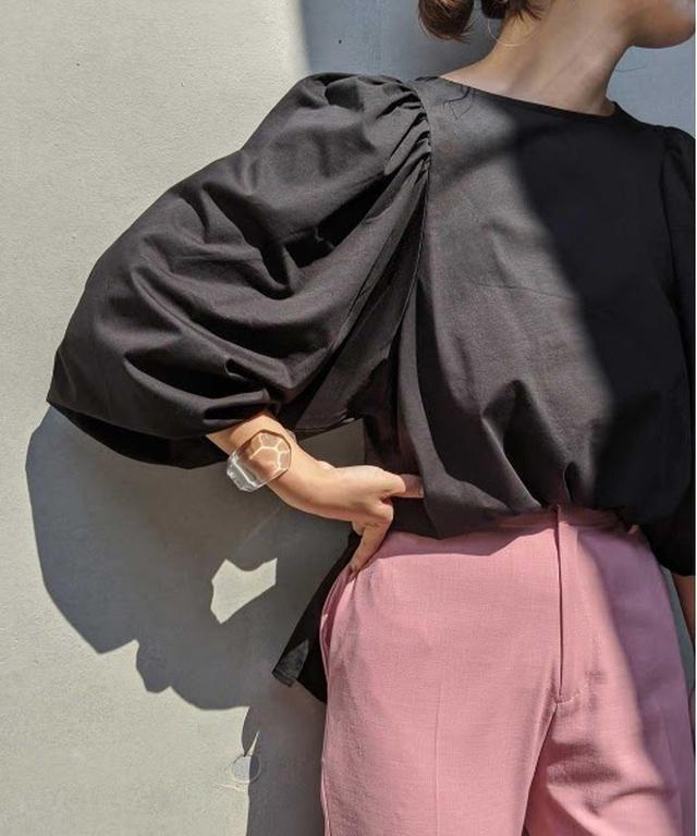 画像: 【Omekashi】シルケットパフスリーブTシャツ ¥7,150(税込)