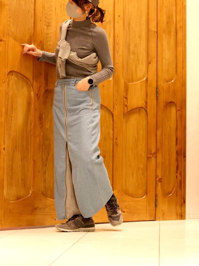 画像: 【BITTOKO】ニット平均価格¥3,000~¥5,000(税込)【BITTOKO】スカート平均価格¥14,080~¥16,500(税込)【NEW BALANCE】スニーカー¥15,180(税込)