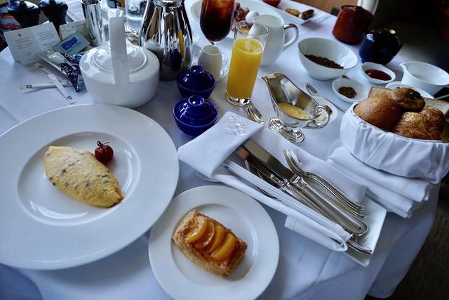 画像2: 朝から幸せな気分になれる豪華な朝食