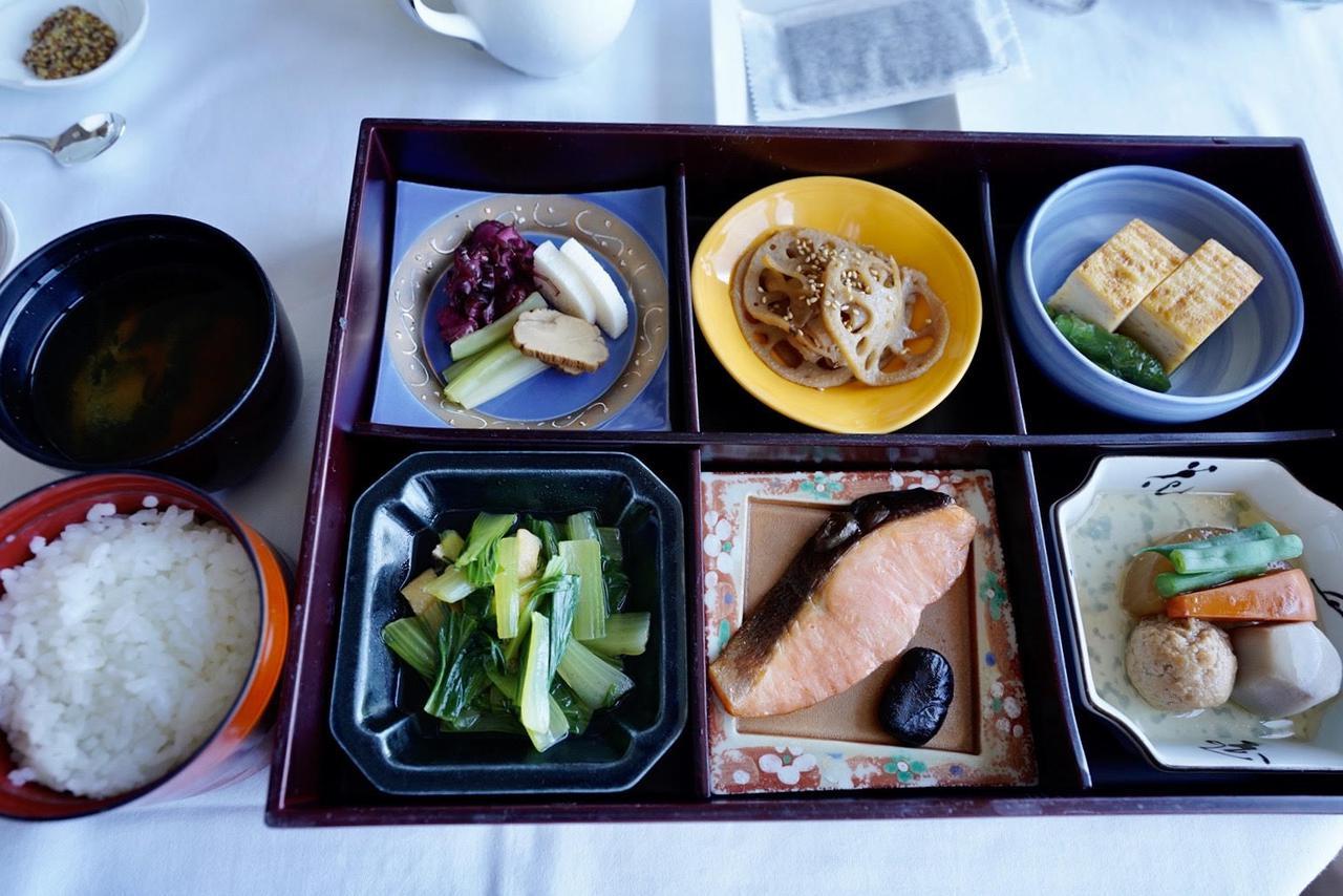 画像3: 朝から幸せな気分になれる豪華な朝食