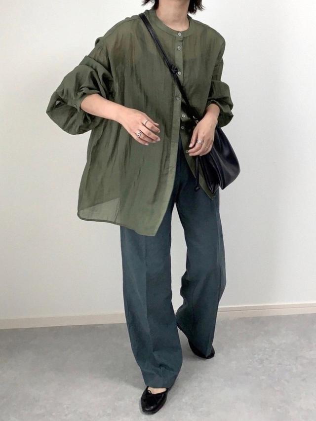 画像: 【Aunt Marie's】バルーンスリーブシアーシャツ 4,290円(税込)【DHOLIC】パンツ 平均価格 5.000〜10,000円