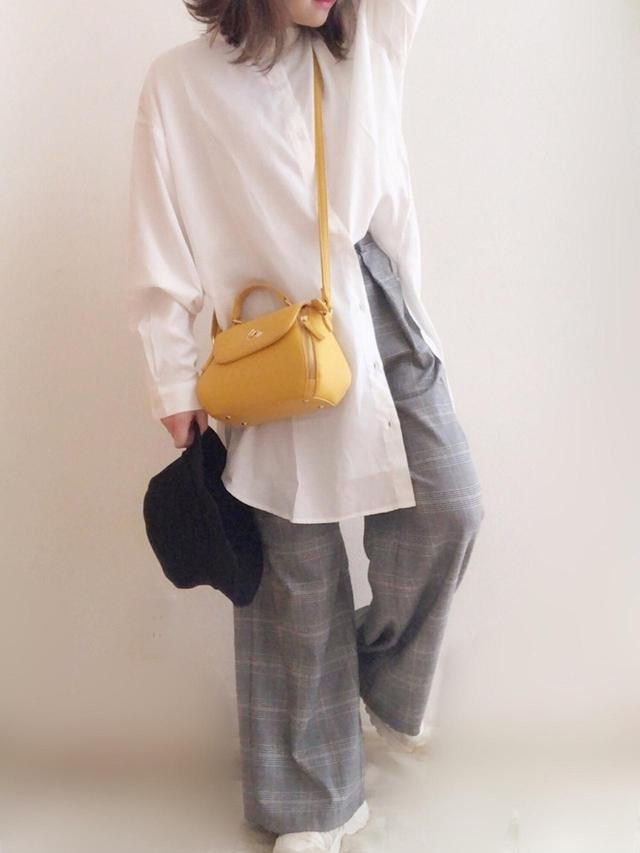 画像: 【しまむら】バッグ平均価格¥1,500~¥2,000【Ambre Neige】ブラウス¥2,995(税込)