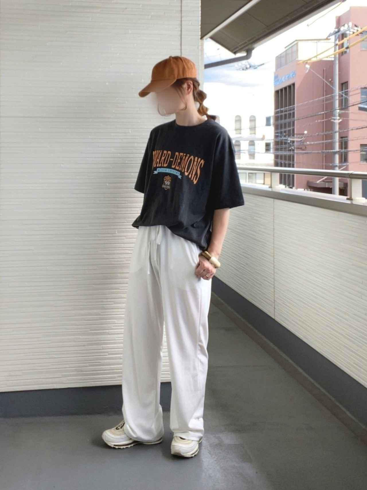 画像: 【DHOLIC】Tシャツ 平均価格2,000〜5,000円【DHOLIC】パンツ 平均価格2,000〜6,000円【NIKE】エア マックス 19,800円(税込)【newhattan】キャップ 2,200円(税込)