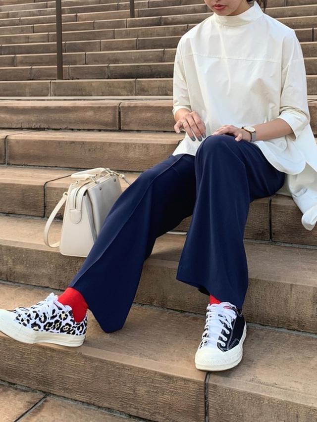 画像: 【fennel】シャツ平均価格¥8,000~¥10,000【UNIQLO】パンツ平均価格¥3,000~¥4,000【Converse】スニーカー約¥8,800