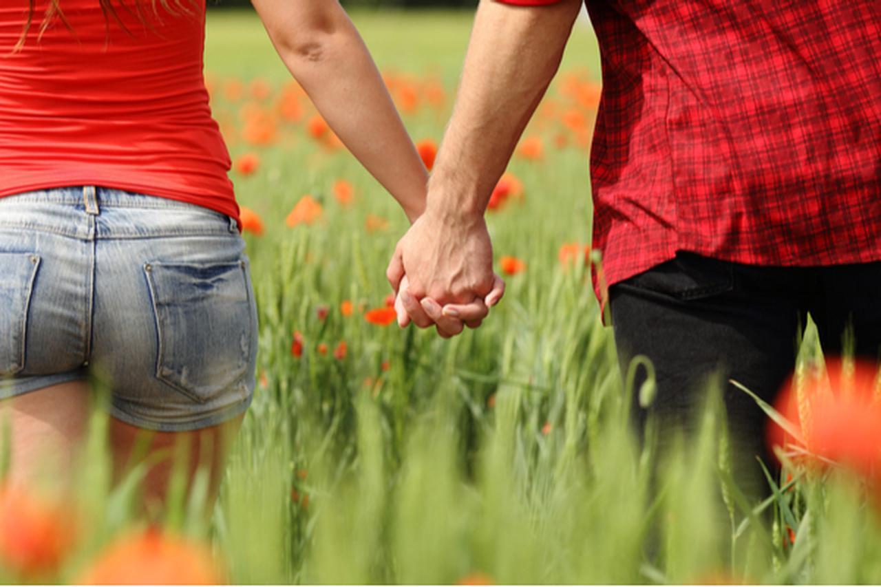 画像: これって運命かな?「ガチな恋」をしているときに感じるサイン4つ