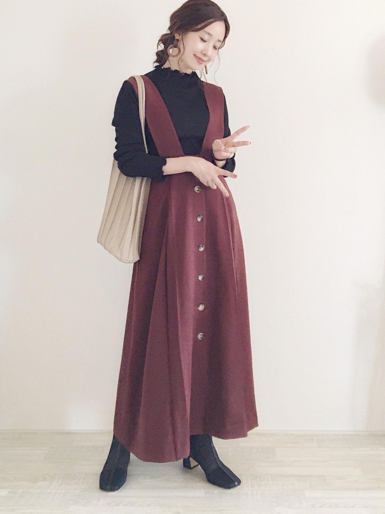 画像: 【GU】トップス平均価格 ¥1,500〜¥3,000【haco!】ジャンパースカート ¥6,470(税込)