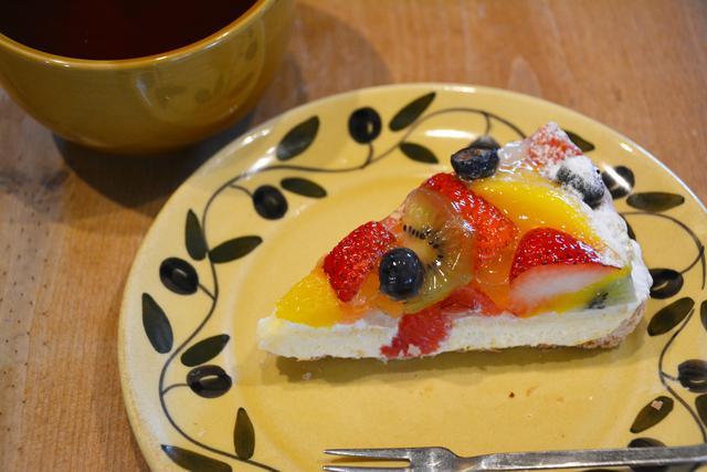 画像3: モテる女の子は実行済み!誰が見てもキレイと思うショートケーキの食べ方<カシコ美人マナー>
