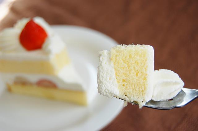 画像2: モテる女の子は実行済み!誰が見てもキレイと思うショートケーキの食べ方<カシコ美人マナー>