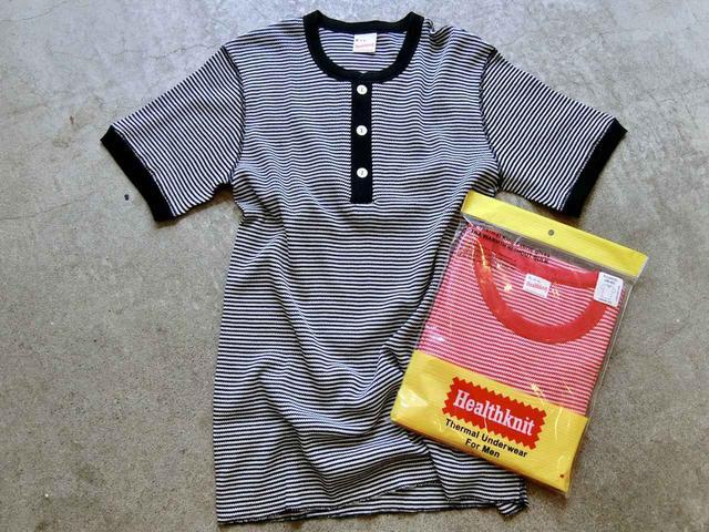 画像: (右)ベーシックワッフル クルーネック 半袖Tシャツ、ベーシックワッフル ヘンリーネック 半袖Tシャツ各1900円(税抜)