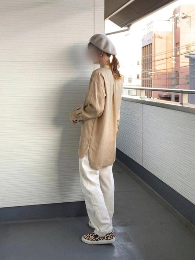 画像: 【GU】帽子平均価格¥1,000~¥2,000【OZOC】シャツ¥5,489(税込)【notch.】パンツ¥3,047(税込) 出典:WEAR
