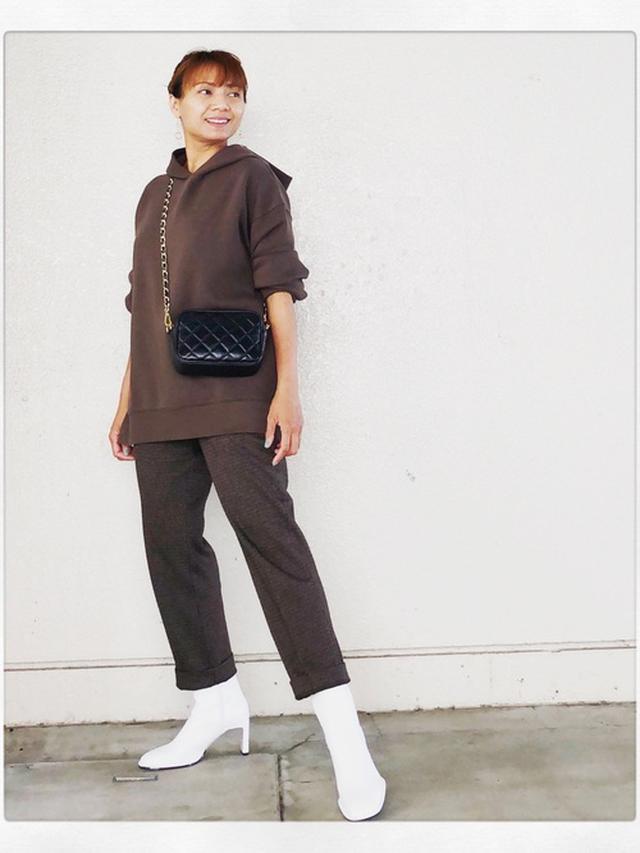 画像: 【UNIQLO】スウェット平均価格¥2,000~ スラックス平均価格¥2,000~【ZARA】ブーツ平均価格¥4,000~ 出典:WEAR