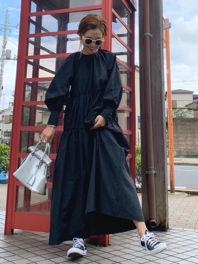 画像: 【Maison Margiela】バッグ平均価格¥100,000~¥150,000【teany】ワンピース平均価格¥4,000~¥6,000 出典:WEAR