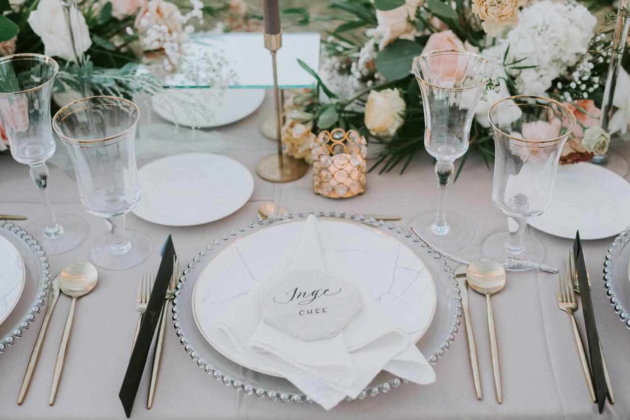 画像4: 親友の結婚式に参加!知らないと恥ずかしいコース料理の食べ方<カシコ美人マナー>