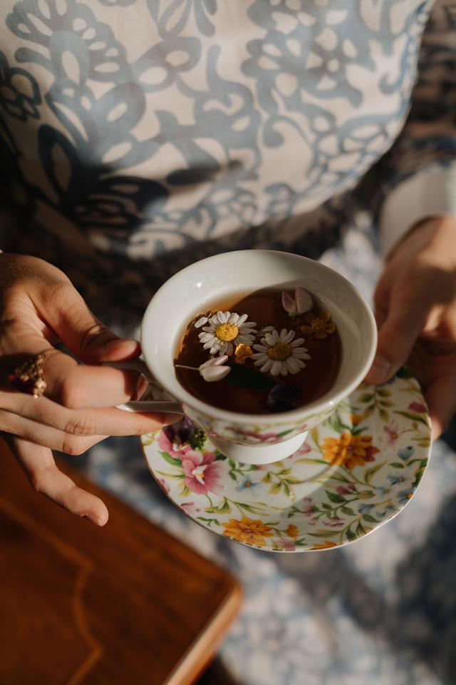 画像1: 紅茶好きなら知っている?育ちが良く見える紅茶の飲み方<カシコ美人マナー>