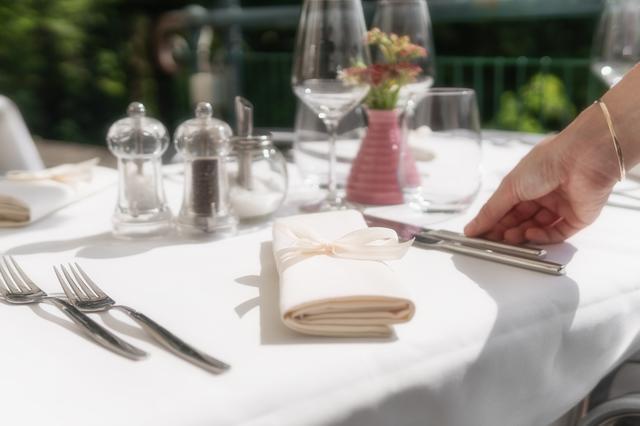 画像2: 初めてのフランス料理♡覚えておきたいナイフとフォークの持ち方&置き方<カシコ美人マナー>