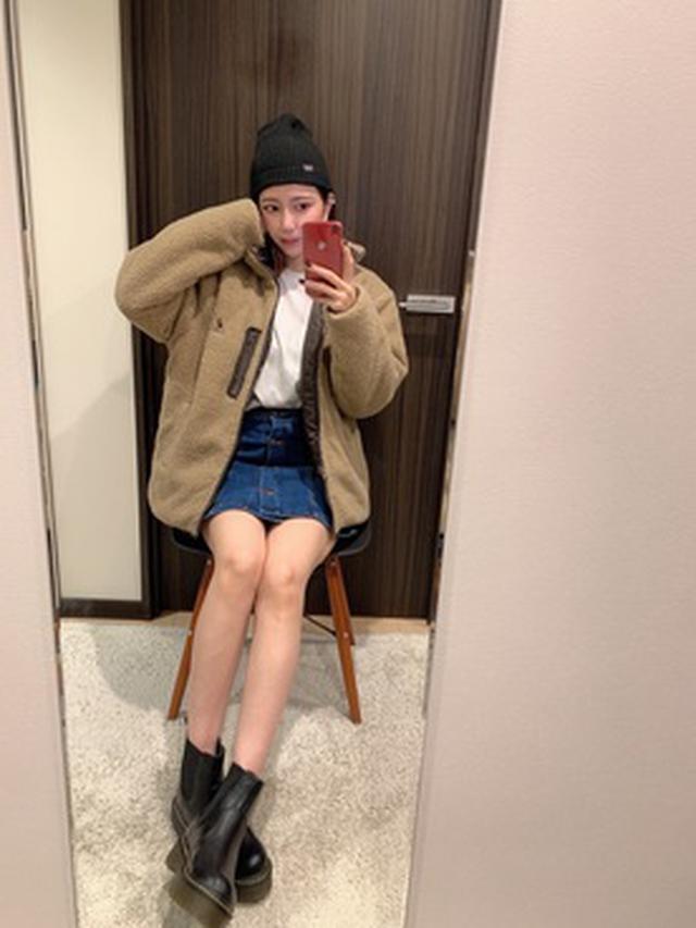 画像: 【GU】スカート平均価格¥1,500〜¥2,500【patagonia】帽子¥4,180(税込)【KANGOL】ブルゾン¥8,690(税込)【THE NORTH FACE】カットソー¥4,620(税込)【Fabby fabby】ブーツ¥9,980(税込) 出典:WEAR