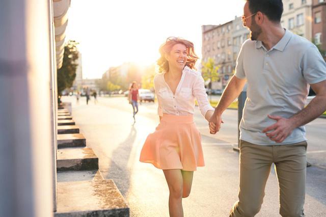 画像: もうあの子しか無理!男性が「つい追いかけたくなる女性」の特徴4つ