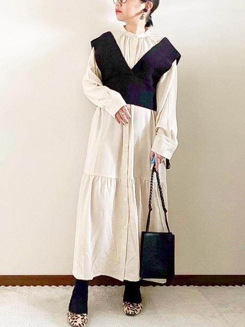 画像: 【ヒラキ】バレエシューズ548円 【Pierrot】ギャザー切替えノーカラーシャツワンピース4290円
