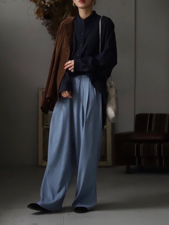画像: 【antiqua】タックパンツ コーデュロイジャケット¥5,940(税込み) ポケットデザインシャツ¥4,950(税込み)