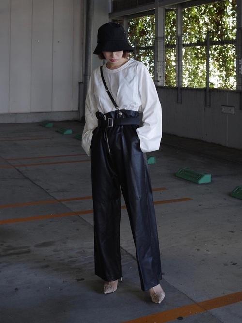 画像: 【YohKi】ロンT¥6,930(税込)【HELK】パンツ平均価格¥5,000~【GRL】ブーツ平均価格¥2,500~ 出典:WEAR