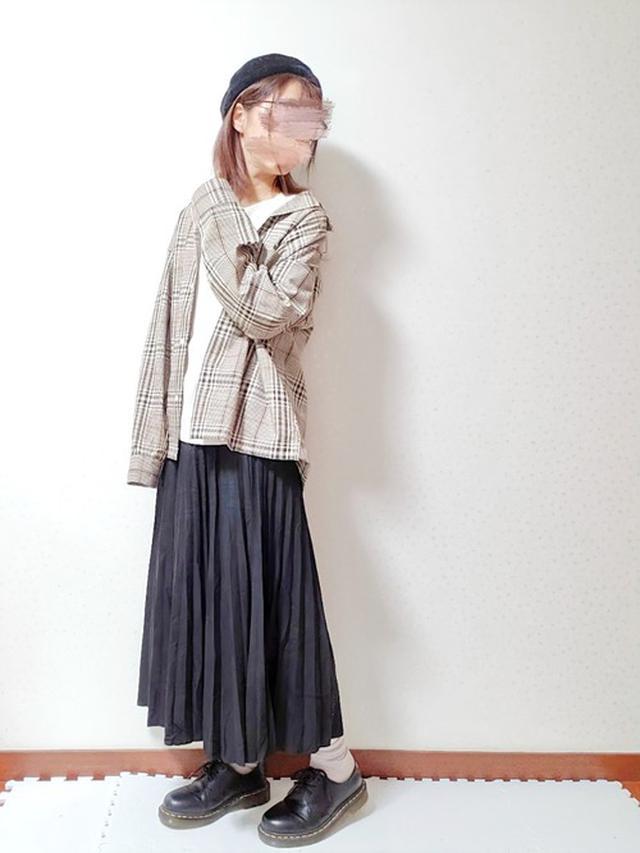 画像: 【GU】オープンカラーシャツ ¥1,089(税込) スムースT ¥1,089(税込) 【Dr.Martens】1461 SMOOOTH ¥23,100(税込)