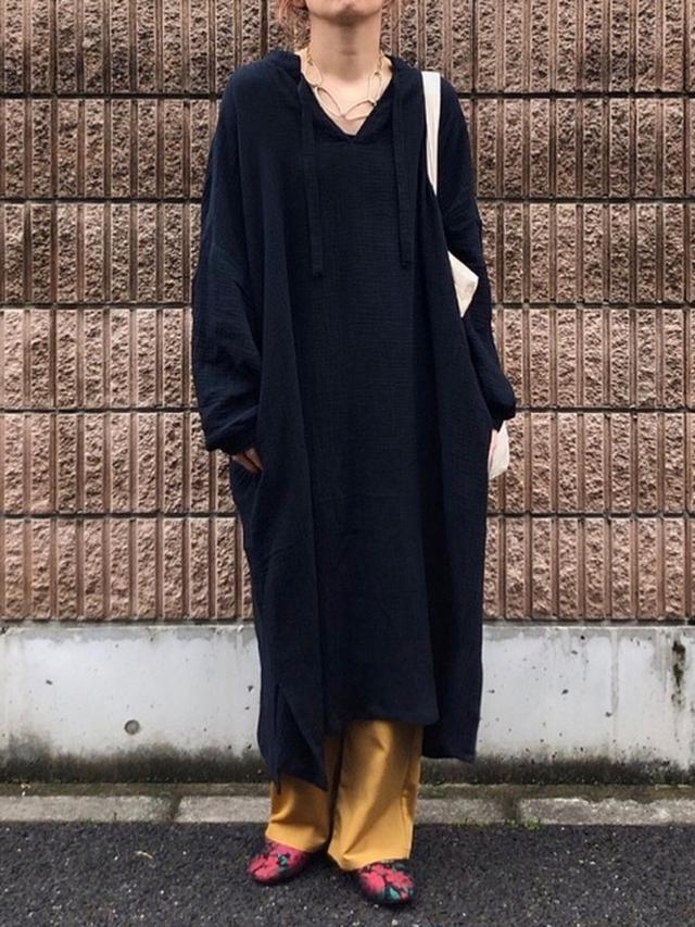 画像: 【INTER FACTORY】ワンピース¥6,930(税込)【niko and...】カンフーシューズ¥4,290(税込) 出典:WEAR