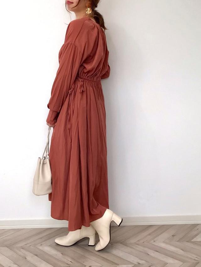 画像: 【GU】ブーツ平均価格 ¥3,000~ 【SUGAR BISKET】2WAYゆらとろブラウジングシャツワンピース ¥3,960(税込)