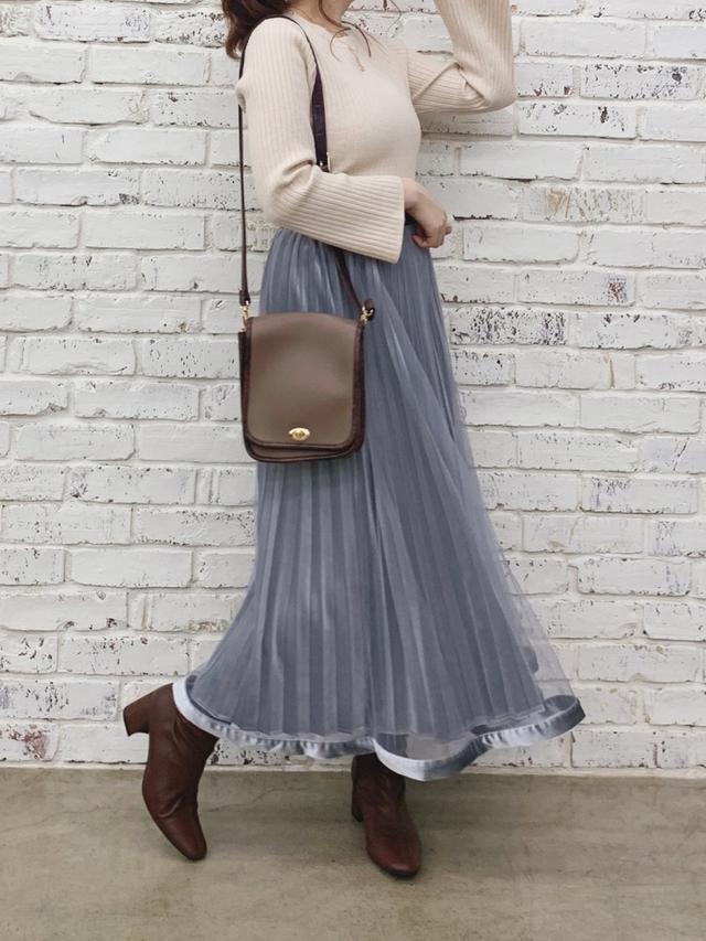 画像: 【natural couture】ニット ¥4,290(税込)スカート ¥4,290(税込) 出典:WEAR
