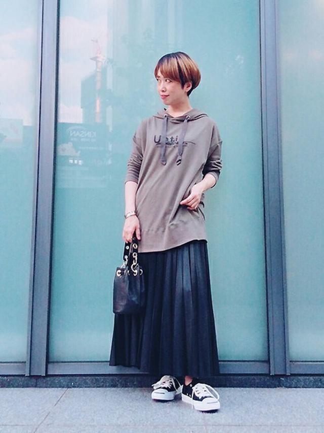画像: 【UNTITLED】スカート ¥29,700(税込) 出典:WEAR