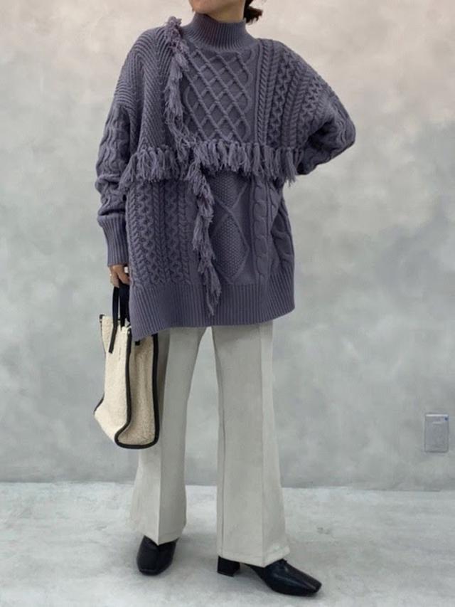 画像: 【natural couture】ケーブル編みフリンジニット ¥5,390(税込) 出典:WEAR