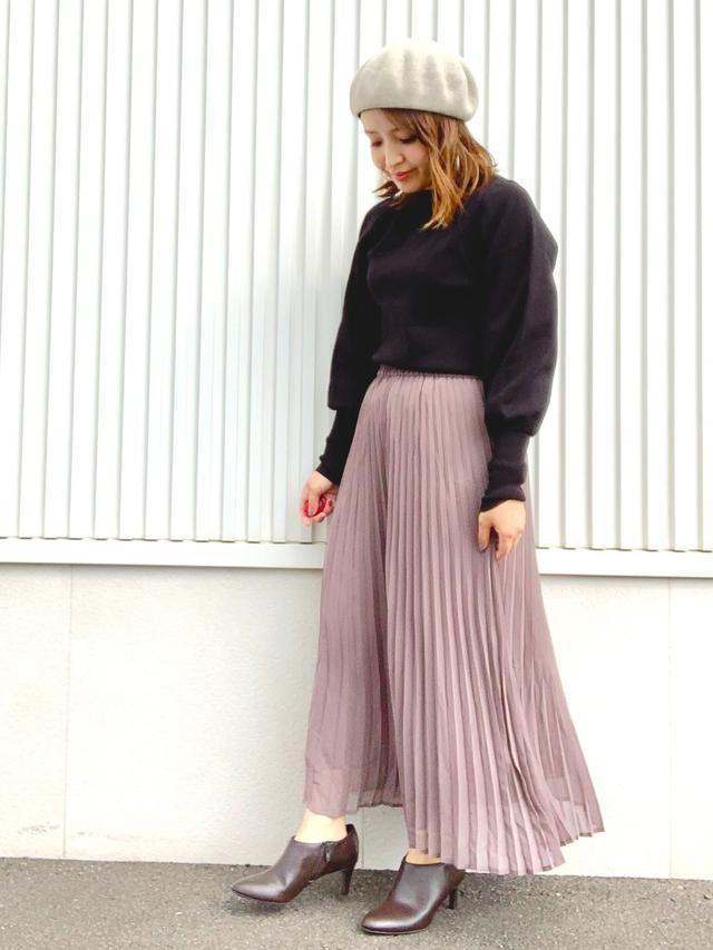 画像: 【GU】ブーツ平均価格¥3,000〜4,000(税込)スカート平均価格¥1,500〜3,000(税込)ニット平均価格¥1,500〜3,000(税込) 出典:WEAR