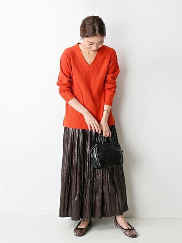 画像: 《10/14の服装》オレンジニット×ブラウンスカート♡派手に見えない馴染ませコーデ