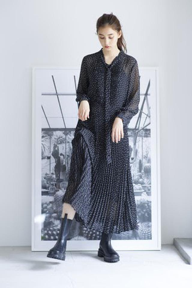 画像: Dress/15,000(税抜) Shoes/21,000(税抜)