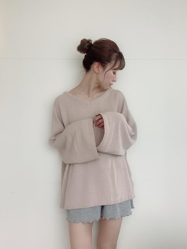 画像: 【REVEYU】ルームウェアトップス¥6,599(税込) パンツ¥4,399(税込) wear.jp