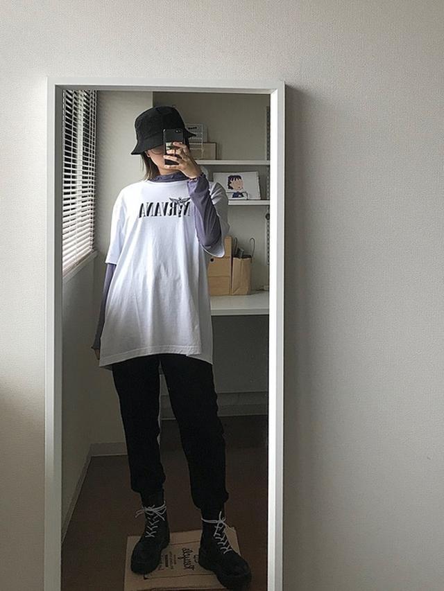 画像: 【H&M】トップス平均¥2,000~ ボトムス¥1,799(税込)【newhattan】ハット¥2,970(税込) 出典:WEAR