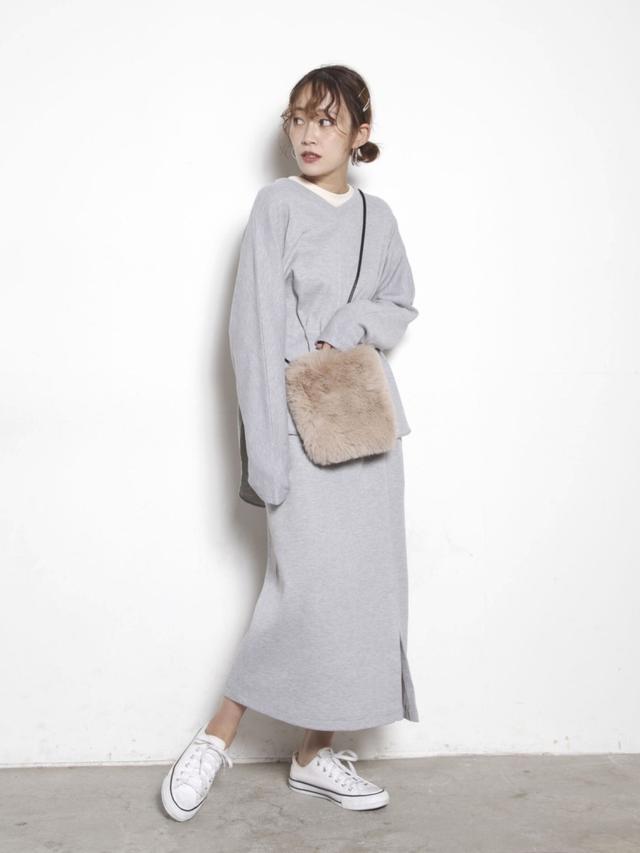 画像: 【COTORICA.】ニット ¥3,850(税込)スカート ¥3,850(税込) 出典:WEAR