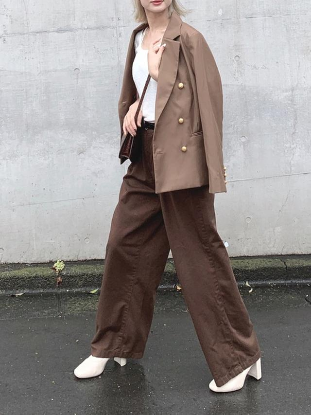 画像: 【Emma Taylor】ジャケット ¥19,580(税込) 出典:ZOZOTOWN