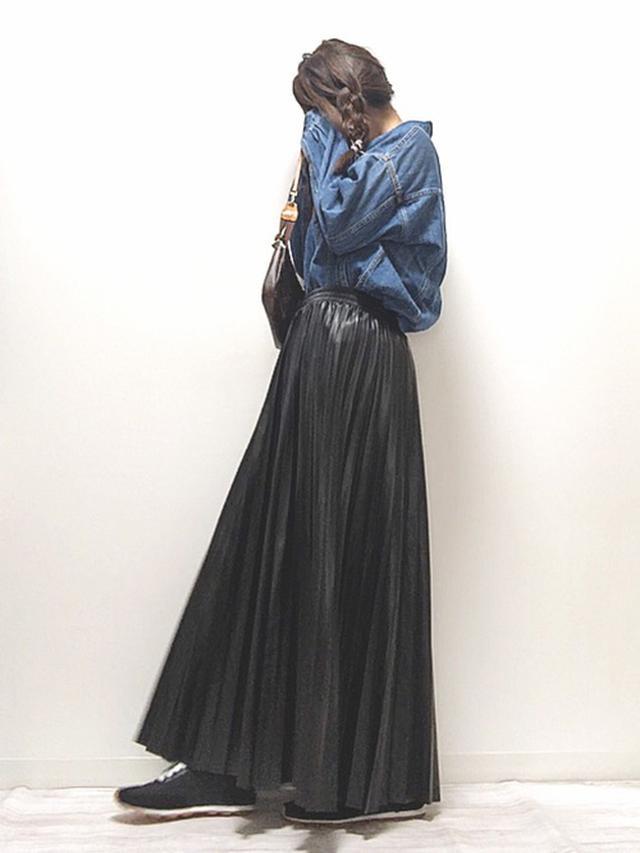 画像: 【ap retro】エコレザープリーツスカート¥3,960(税込み) 出典:WEAR