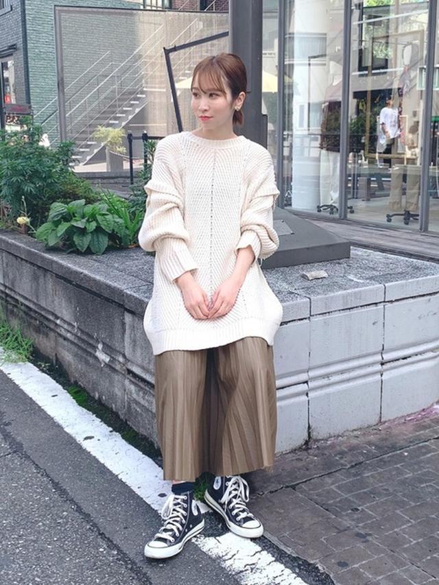 画像: 【Alley by w closet】ニット¥6,490(税込)【w closet】スカート¥5,390(税込) 出典:WEAR