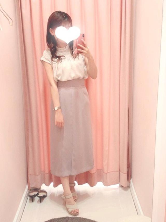 画像: 【PROPORTION BODY DRESSING】シャツ¥7,920(税込)スカート¥10,450(税込) 出典:WEAR
