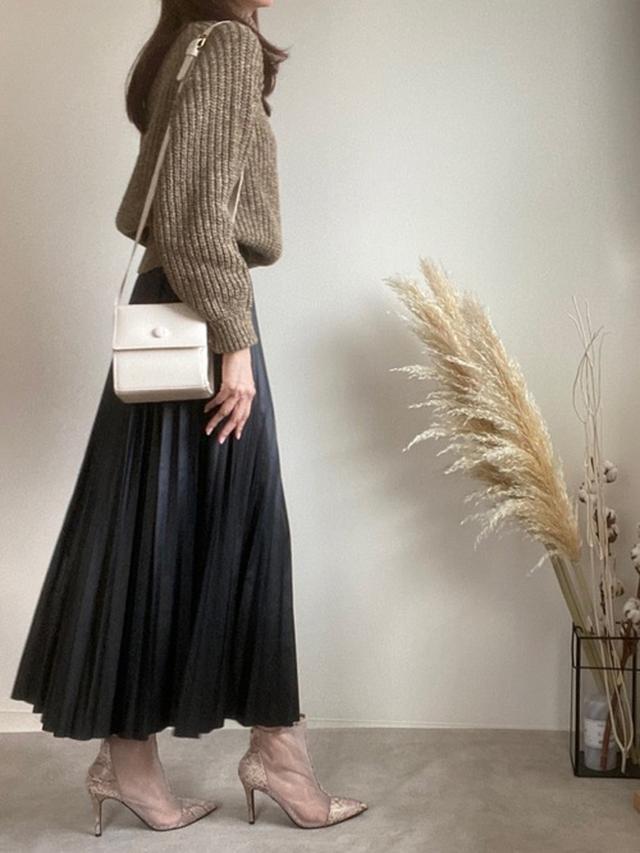 画像: 【参考商品】ローゲージタートルネックセーター¥2,999(税込)【Avail】スカート1,980(税込) 出典:WEAR