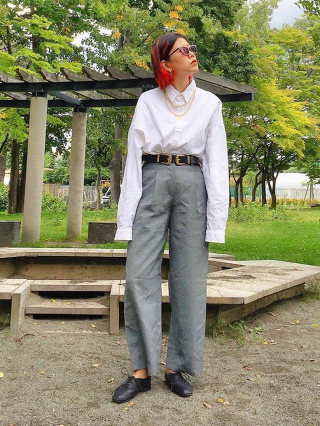 画像: 【ZARA】レザーベルト 参考価格 ¥3,990~【MOUSSY】パンツ ¥8,778(税込) 出典:WEAR
