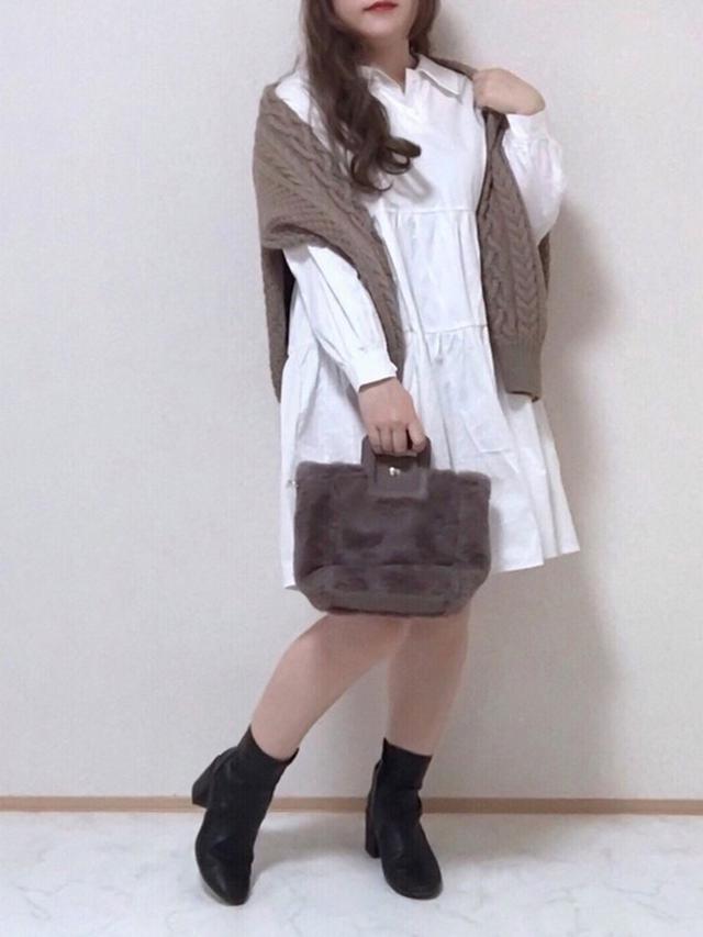 画像: 【GU】カーディガン¥2,739(税込)【sakishimatokyo】ワンピース¥4,290(税込) 出典:WEAR